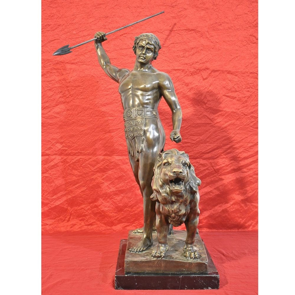 STB39 antique bronze sculptures warrior and lion XIX century.jpg